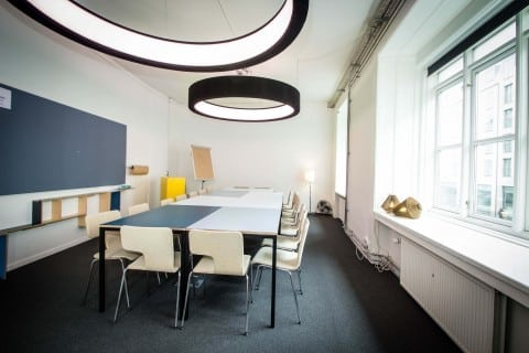 Rent a large meeting room with refreshments for up to 15 people
